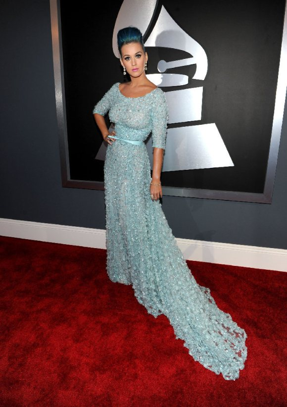 Katy Perry in pastel blue!